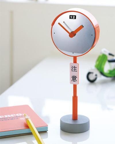 「CLOCK ROAD SIGN」カーブミラー